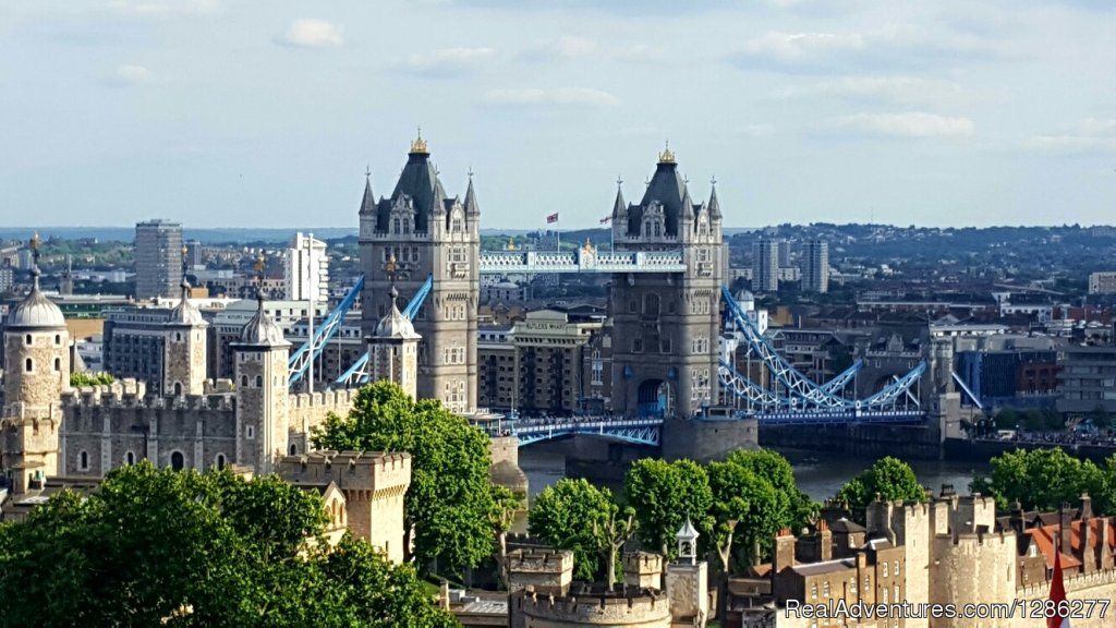 Tower of London - London Highlights Taxi Tour | Image #2/14 | Visit London Taxi Tours