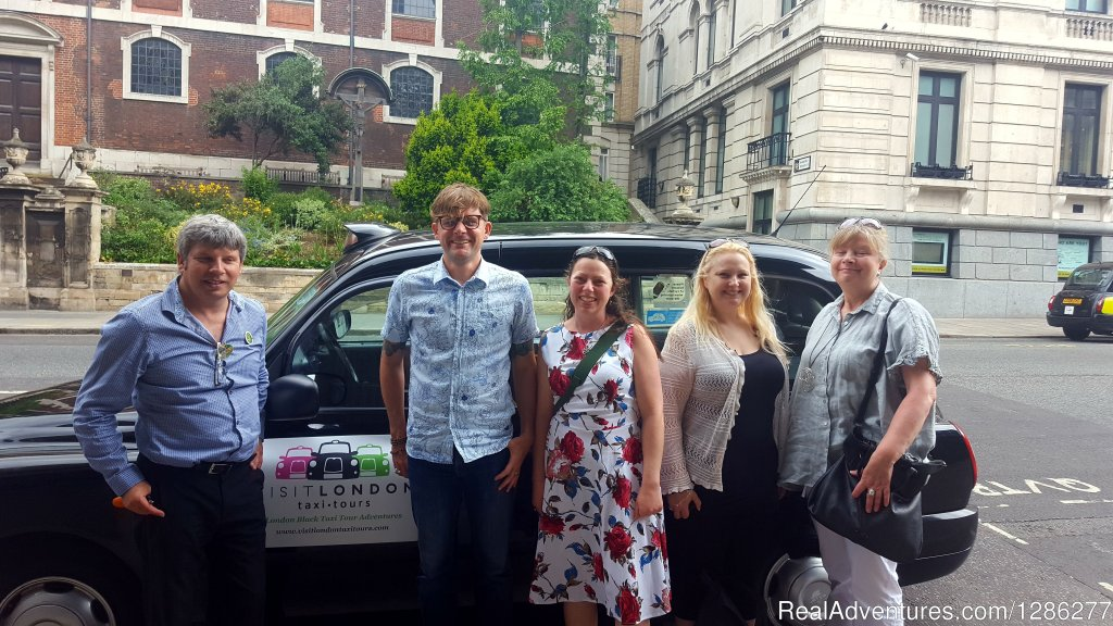 We have a number of private taxi tours that range from the traditional to the unusual, standard to unique, a private tour designed just for you, friends and family.
