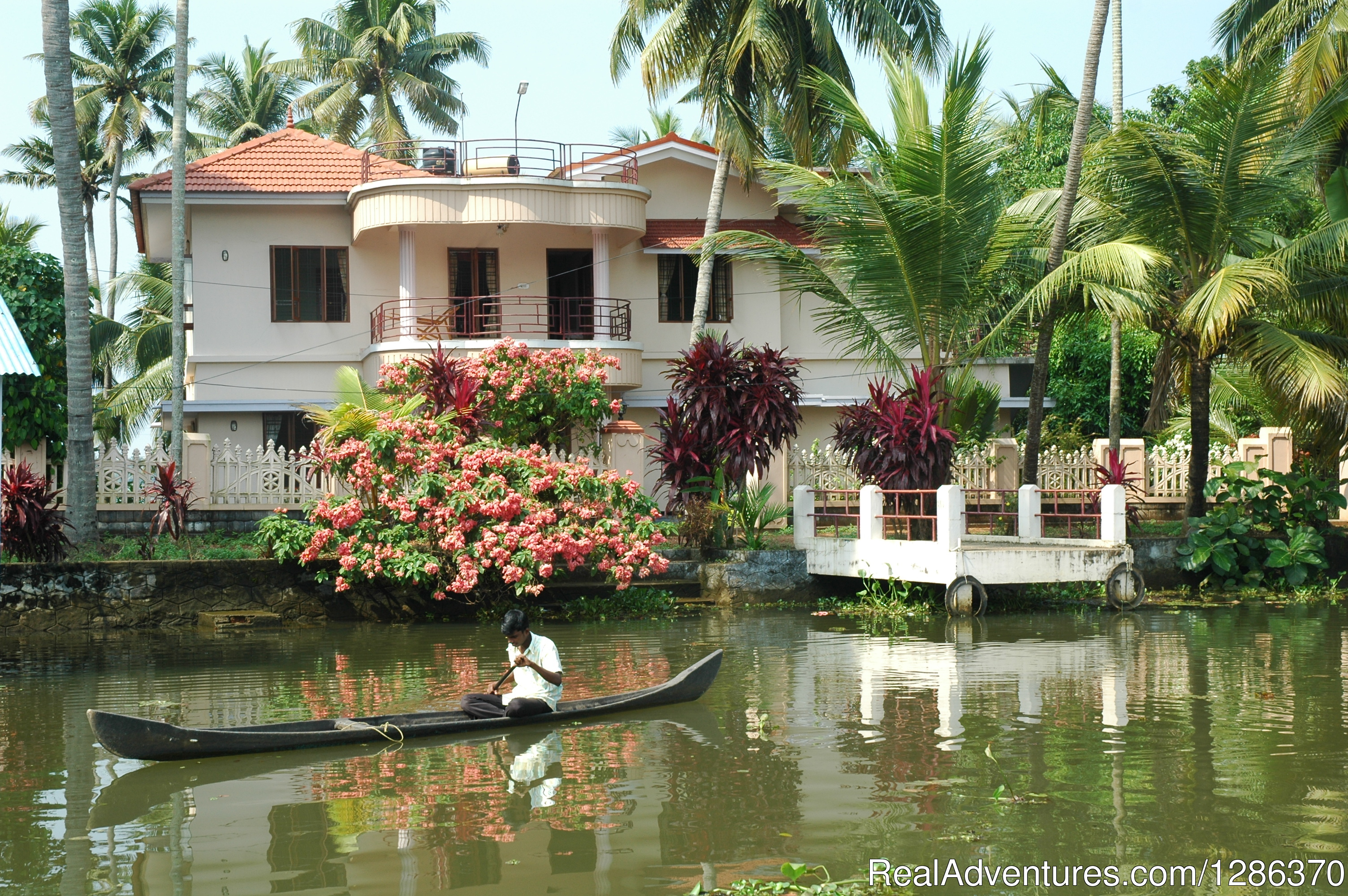 AC Homestay -01. Total 05 Rooms. Accommodation on APAI | Image #1/11 | Alleppey, India | Bed & Breakfasts | Explore The Real Kerala Family Experience