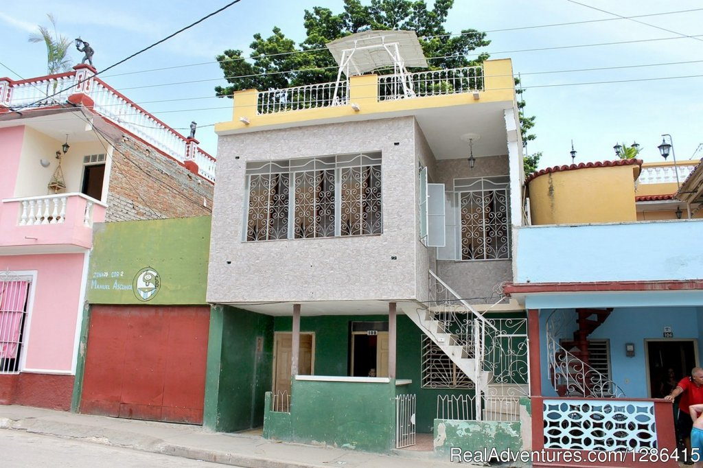 Hostal Juan Fernandez Trinidad, Cuba Bed & Breakfasts