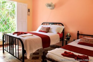 Hostal Misleidis y Gustavo Trinidad, Cuba Bed & Breakfasts