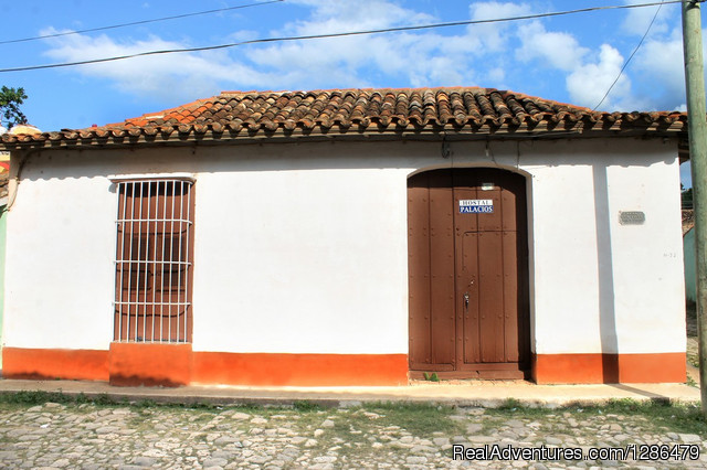 - Hostal Palacios rent 2 rooms in Trinidad, Cuba.