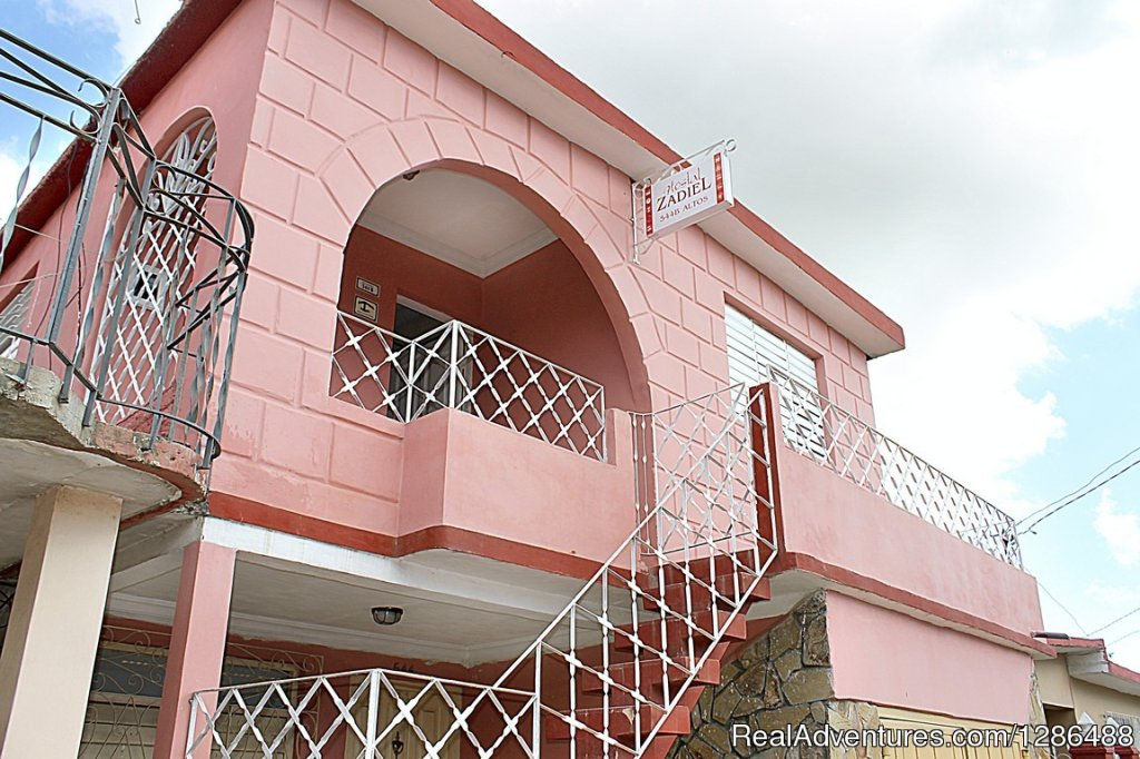 Hostal Zadiel rent 2 rooms in Trinidad, Cuba. Trinidad, Cuba Bed & Breakfasts
