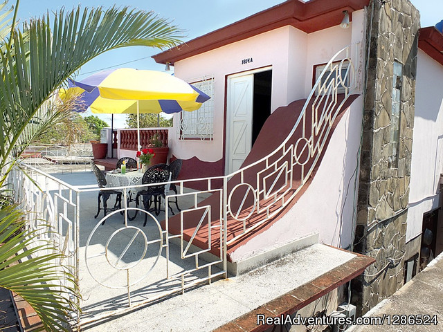 - Hostal Villa Mirty