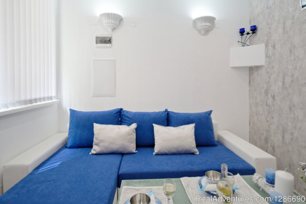 Santoriny Style in Athens Plaza Luxurys Apartments | Image #13/26 | Santorini Style In Athens Plaza Luxurys Apartments