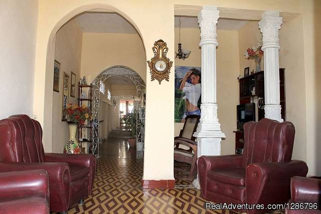 Casa Hostal Yolaisis y Javier Gay Friendly Bed & Breakfasts Trinidad, Cuba