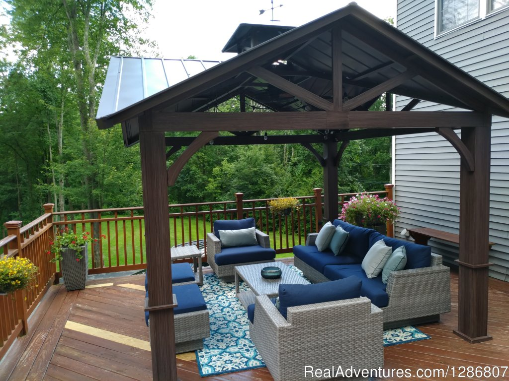 Gazebo Relaxin' | Image #1/11 | Monroe, New York  | Vacation Rentals | Warwick Retreat