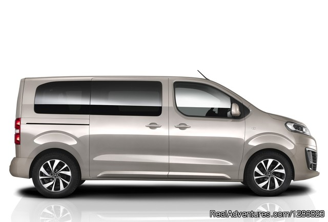 Comfortable and modern 9 seat van. - ROTA VICENTINA  Airports & Lugagge Transfers