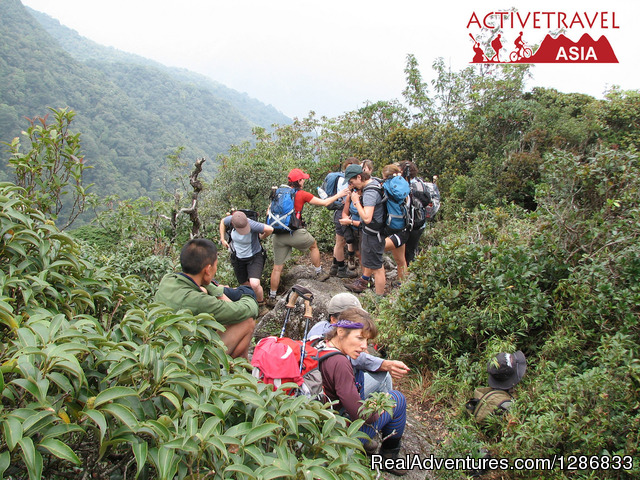Trekking Fansipan Vietnam via Sinchai Route