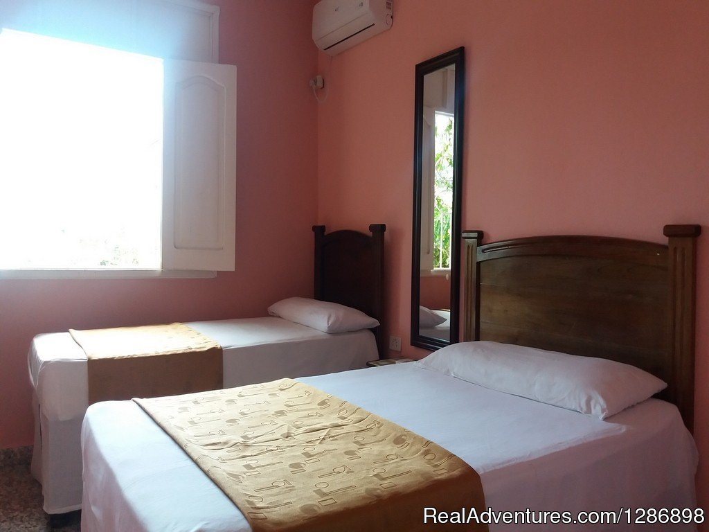 Renta Real Bayamo, Cuba Bed & Breakfasts