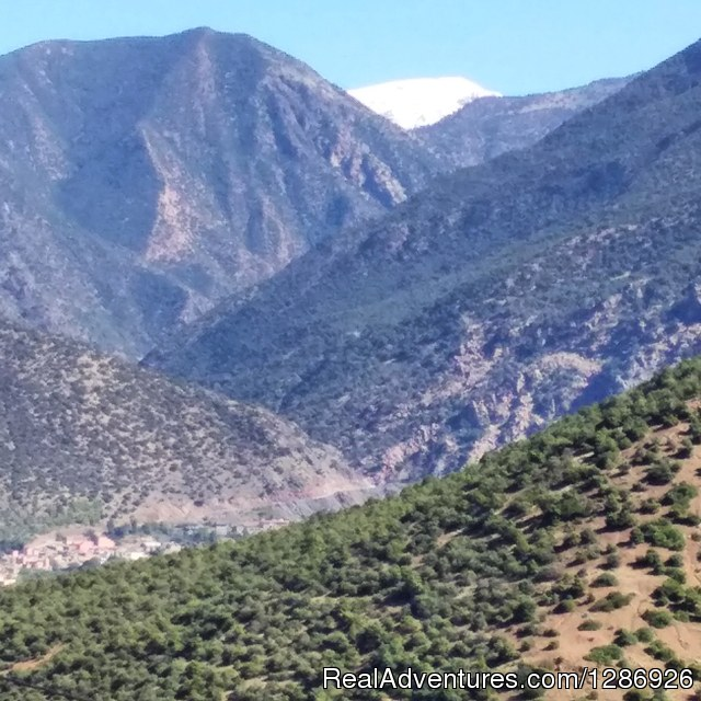 Trekking in Morocco Atlas mountains to Ouirgane