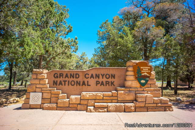 Grand Canyon National Park South Rim Tour Bus Hotels & Resorts Peniche, Portugal