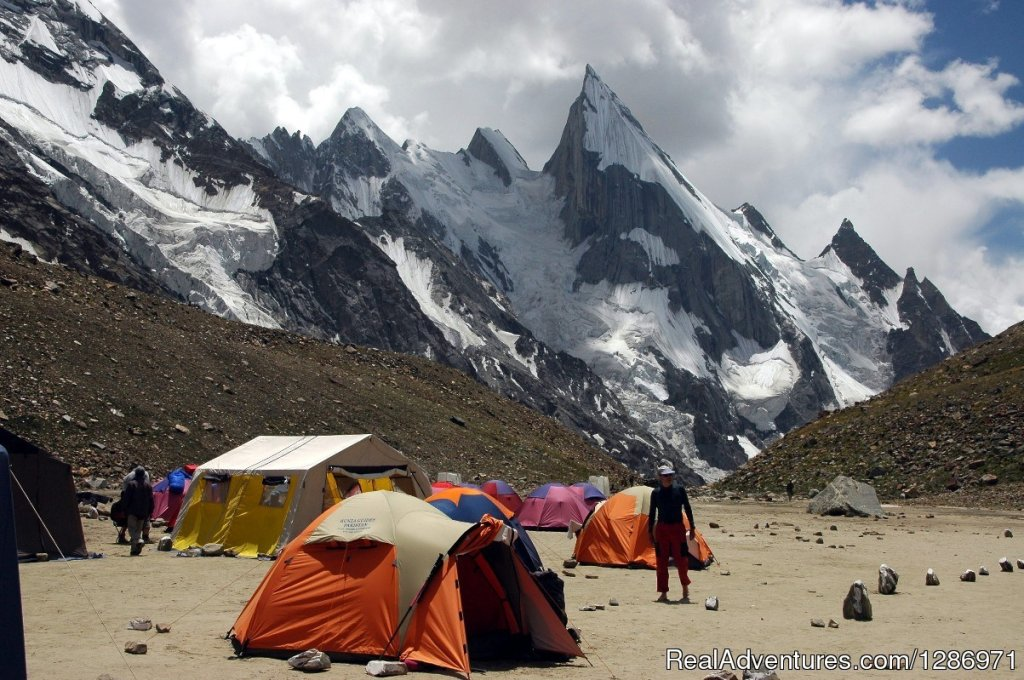 Hunza Guides Pakistan Leading trekking company in pakistan since 1980. K2 Base Camp Trek and Gondogoro La Trek gives great views of four 8,000m peaks and is thought by many to be one of the best high mountain treks in the world.