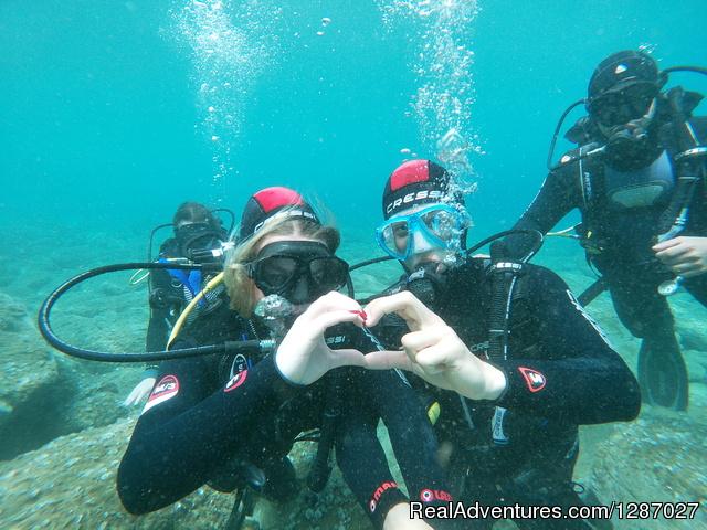 Explore Crete underwater - Scuba dive courses