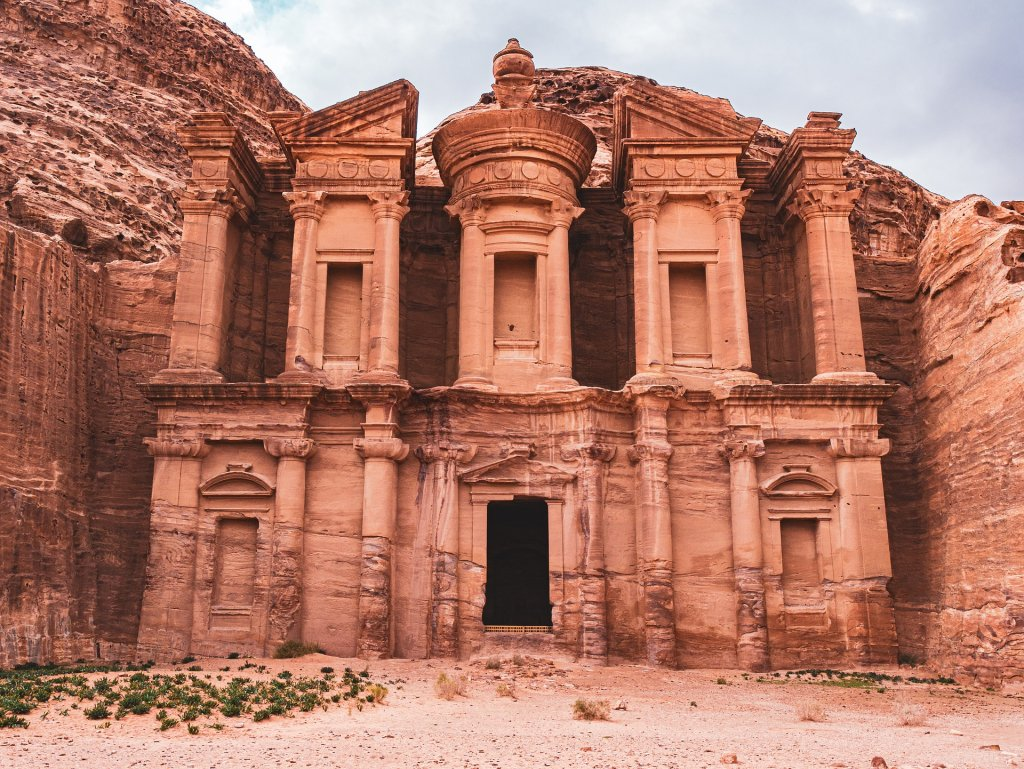 Guaranteed departure program covering the Highlights of Jordan from North to South with English speaking guide. Based on a minimum of 2 travelers. Arrivals: Saturdays. Sundays, Tuesdays and Wednesdays.